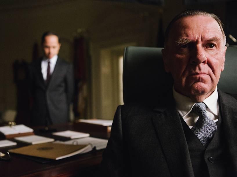 Os atores Giovanni Ribisi e Tom Wilkinson no filme Selma