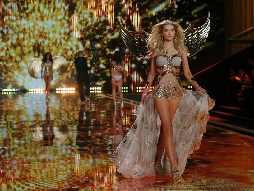 Apresentação das modelos durante desfile da Victorias Secret