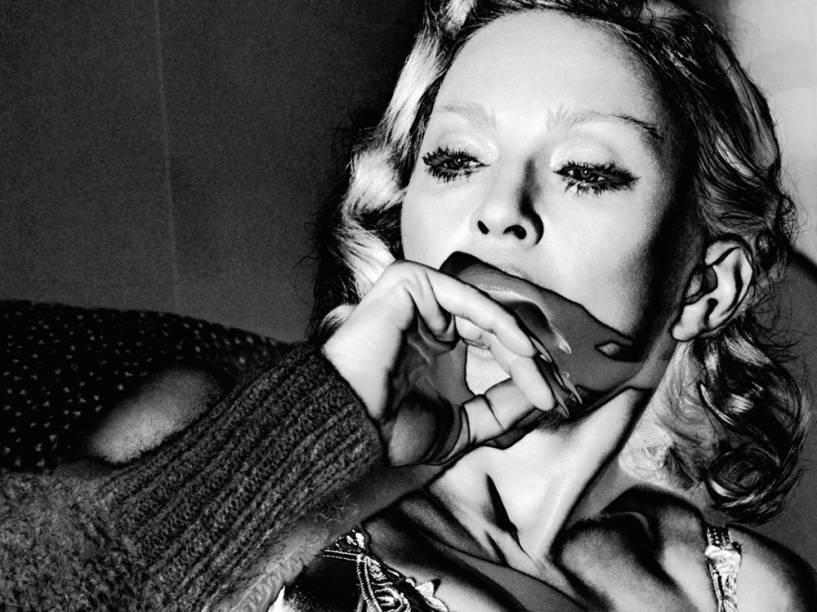 A cantora Madonna durante ensaio para a revista Interview