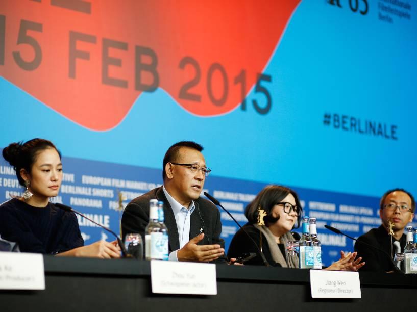 Coletiva de imprensa com o elenco do filme Gone with the Bullets durante a 65ª edição do Festival Internacional de Cinema de Berlim