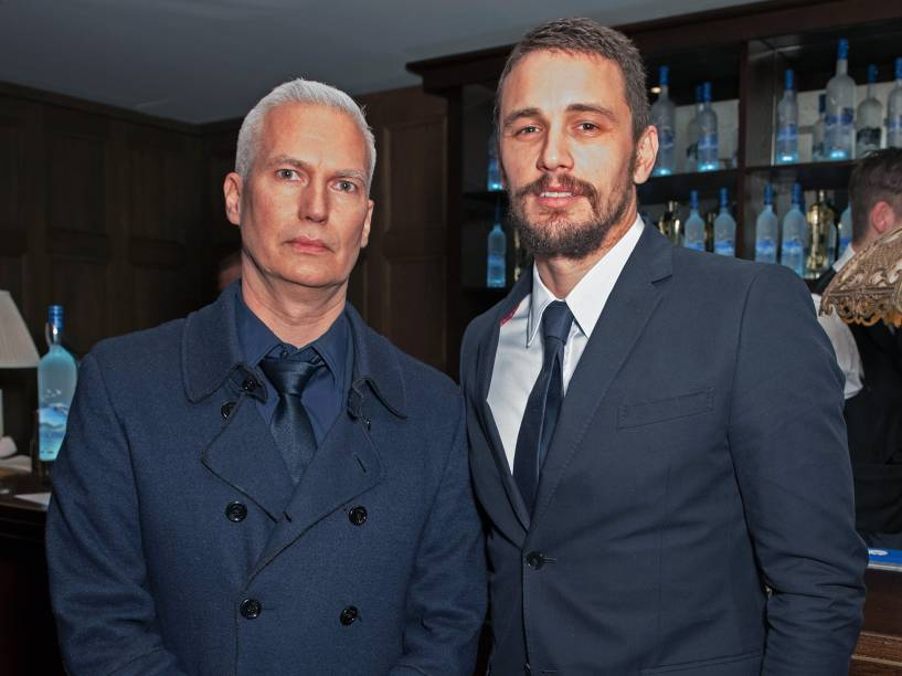 Os atores Klaus Biesenbach e James Franco durante a 65ª edição do Festival Internacional de Cinema de Berlim