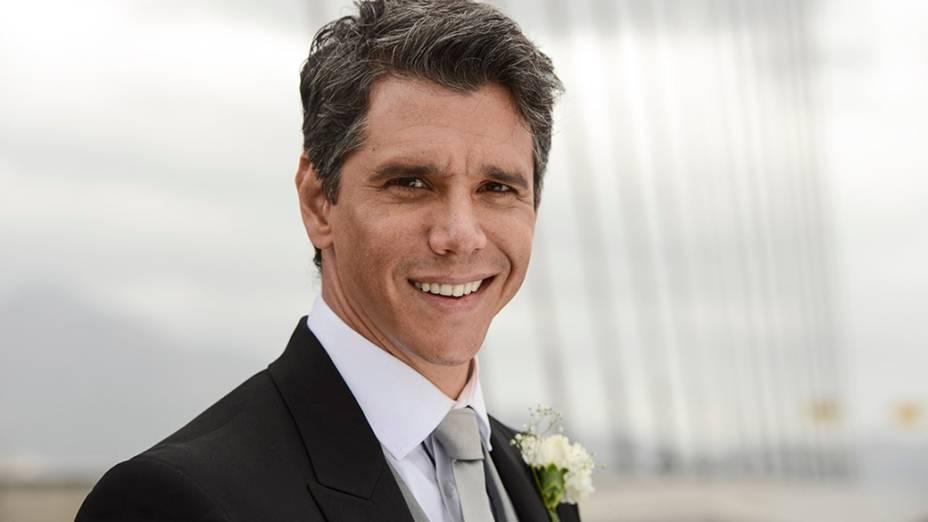 Márcio Garcia como Samuel, em Loucas pra Casar