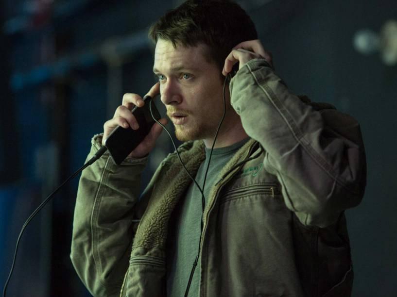 Kyle (Jack OConnell), o espectador decepcionado com Gates, em cena do filme Jogo do Dinheiro