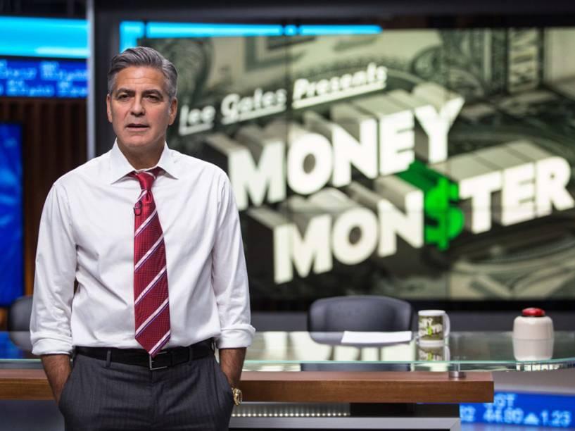 Lee Gates (George Clooney) o apresentador de Jogo do Dinheiro, programa que borra a fronteira entre jornalismo e entretenimento
