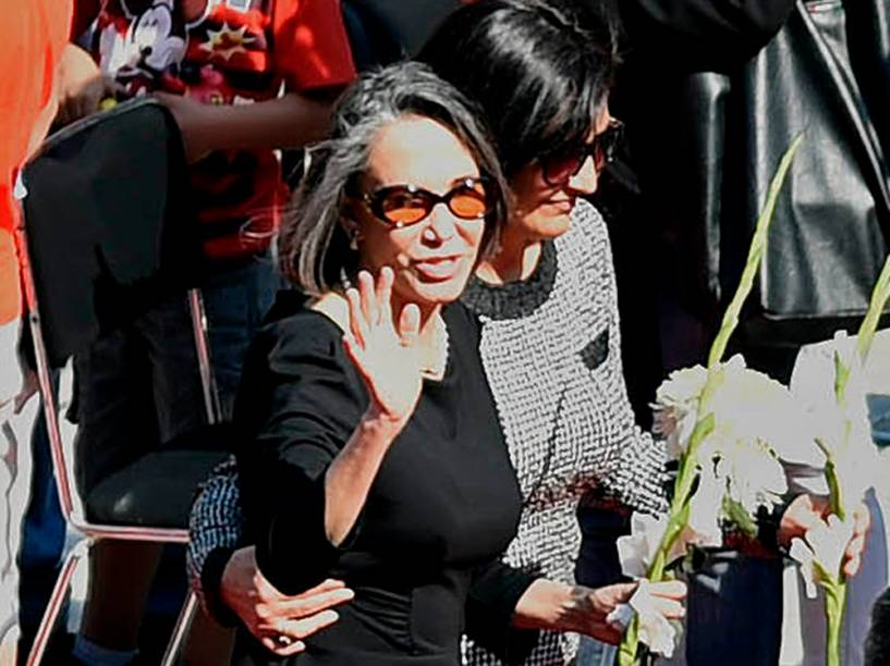 Florinda Meza, viúva de Roberto Bolaños e intérprete de Dona Florinda no seriado Chaves, durante velório do humorista - 30/11/2014