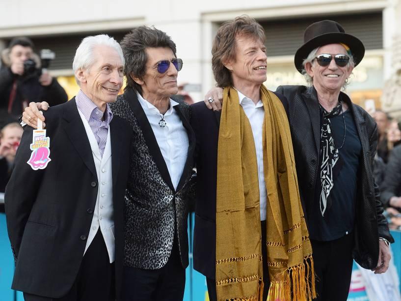 Charlie Watts, Ronnie Wood, Mick Jagger e Keith Richards (esq. para dir.), atuais integrantes da banda, na abertura da exposição Exhibitionism: The Rolling Stones