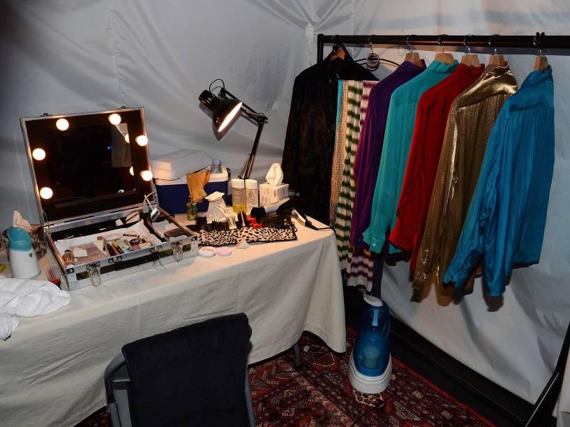 Camarim da banda Rolling Stones é reproduzido na exibição que homenageia a banda em Londres
