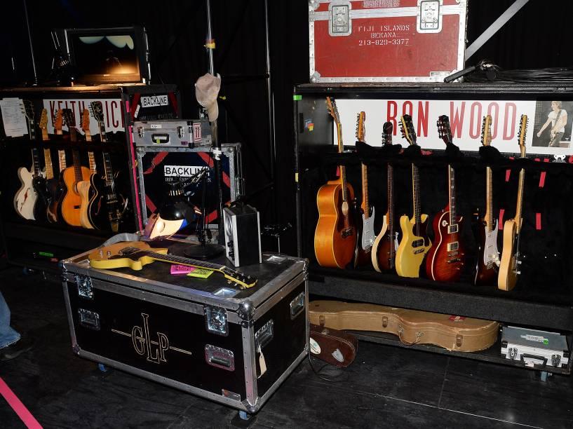 Reprodução de artigos relacionados à banda Rolling Stones são expostos na Exhibitionism