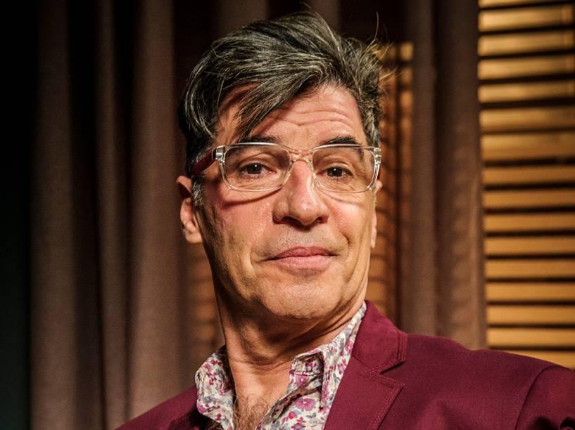 O personagem Téo Pereira, interpretado por Paulo Betti na novela Império