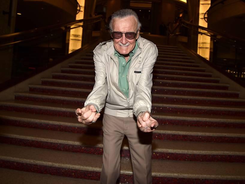 Stan Lee comparece à estreia do filme Homem-Formiga no Teatro Dolby, em Hollywood, California