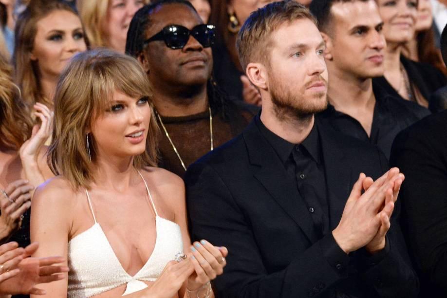 Taylor Swift e Calvin Harris,  durante o Billboard Music Awards, realizado no MGM Grand Garden Arena, em Las Vegas - 17/05/2015