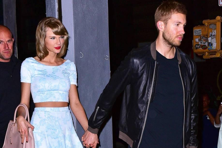 A cantora Taylor Swift e o DJ Calvin Harris, no restaurante Lasso, nos Estados Unidos - 26/05/2015