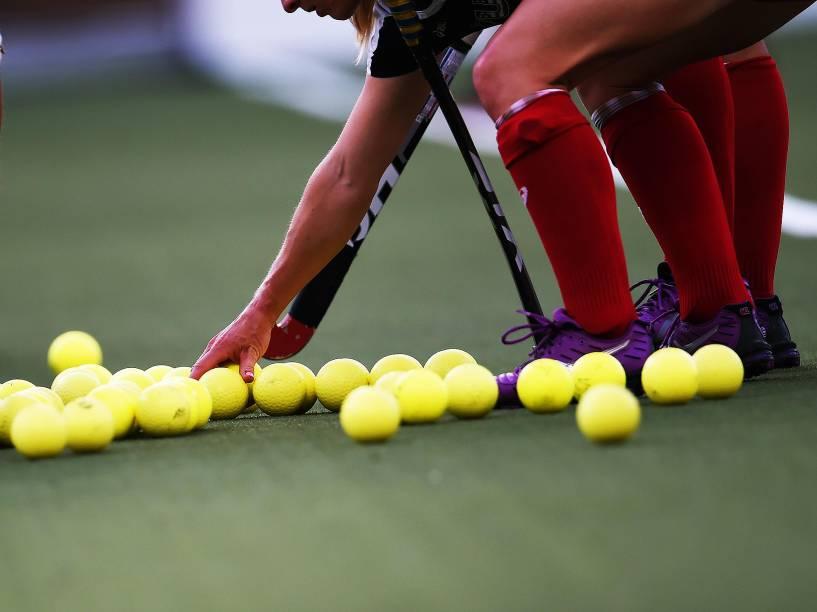 Americanas enfrentam a equipe da Argentina na final do hóquei sobre grama nos Jogos Pan-Americanos, em Toronto, Canadá