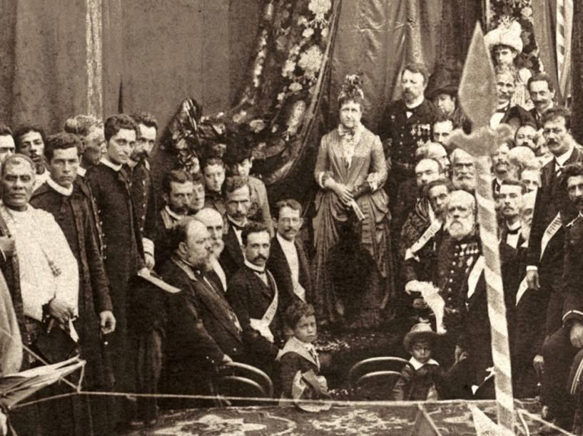 Detalhe da imagem feita por Antonio Luiz Ferreira da Missa Campal de Ação de Graças em homenagem à abolição da escravatura realizada no dia 17 de maio de 1888, no Campo de São Cristóvão, no Rio
