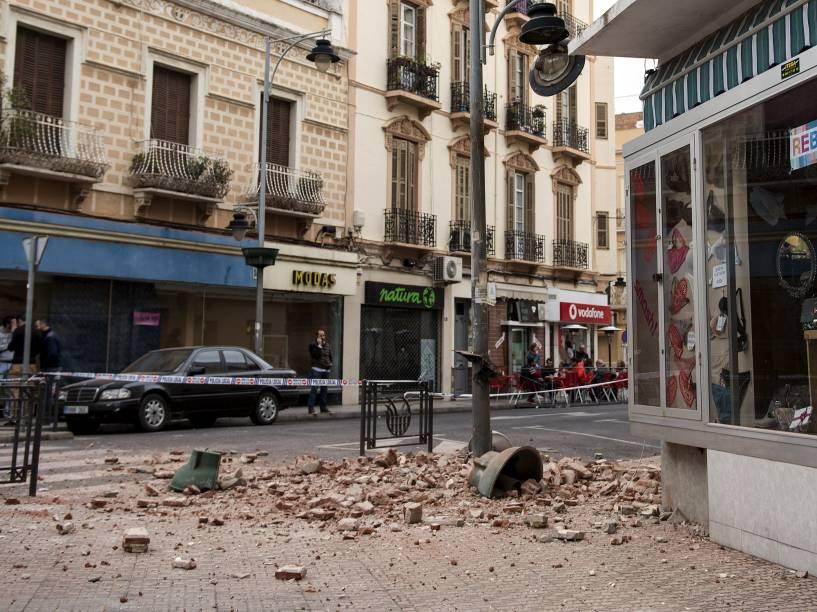 Um terremoto de magnitude 6,3 foi registrado na madrugada desta segunda-feira (25) no mar de Alborán, sendo sentido no sul da Espanha e no norte do Marrocos