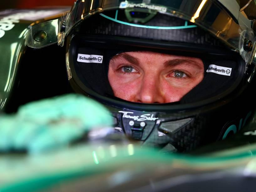 Nico Rosberg da Mercedes, durante treino livre para a etapa final da temporada de Fórmula 1 no Grande Prêmio de Abu Dhabi