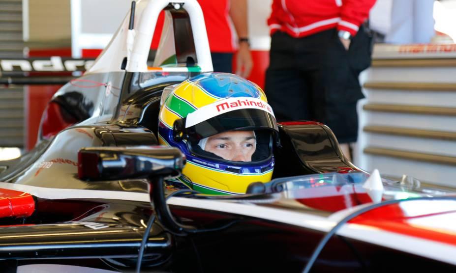 Bruno Senna durante testes da Formula E em Donington Park, no Reino Unido