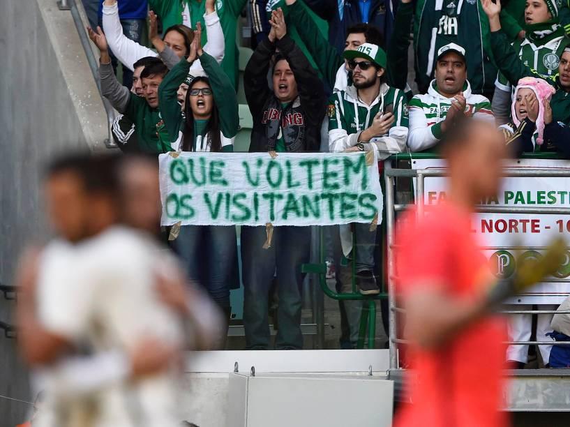Torcida durante o jogo entre Palmeiras e Corinthians, válido pela 7ª rodada do Campeonato Brasileiro, em São Paulo (SP) - 12/06/2016