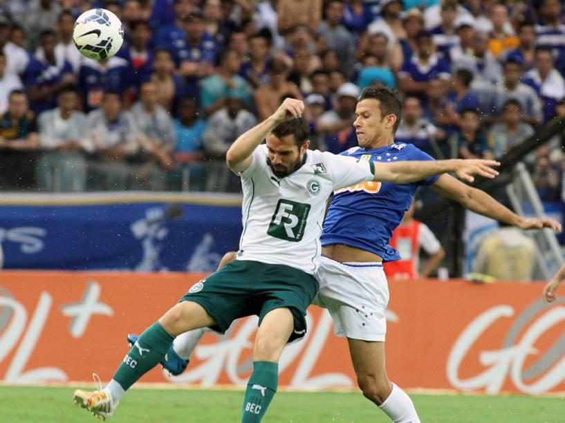 Lance da partida entre Cruzeiro e Goiás, válida pelo Campeonato Brasileiro, no estádio do Mineirão, em Belo Horizonte