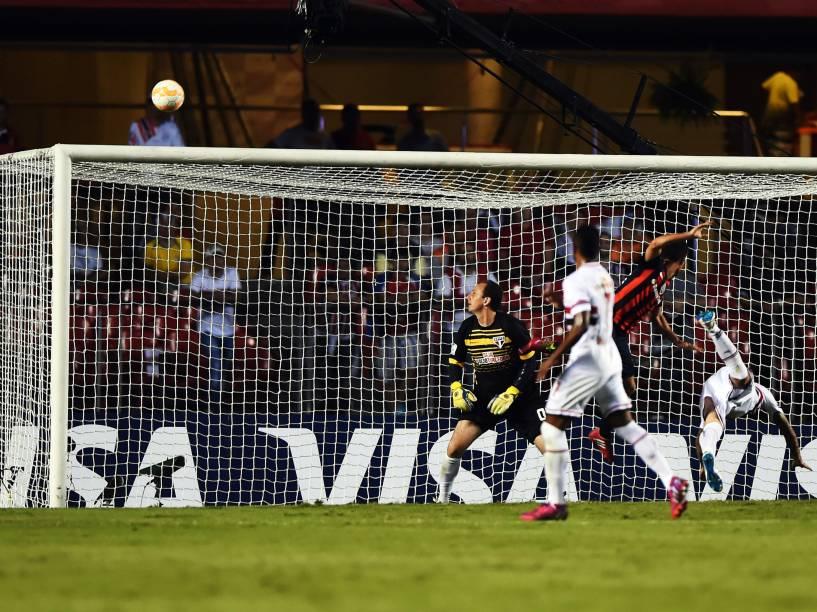São Paulo enfrenta o San Lorenzo pela fase de grupos da Libertadores no Morumbi - 18/03/2015