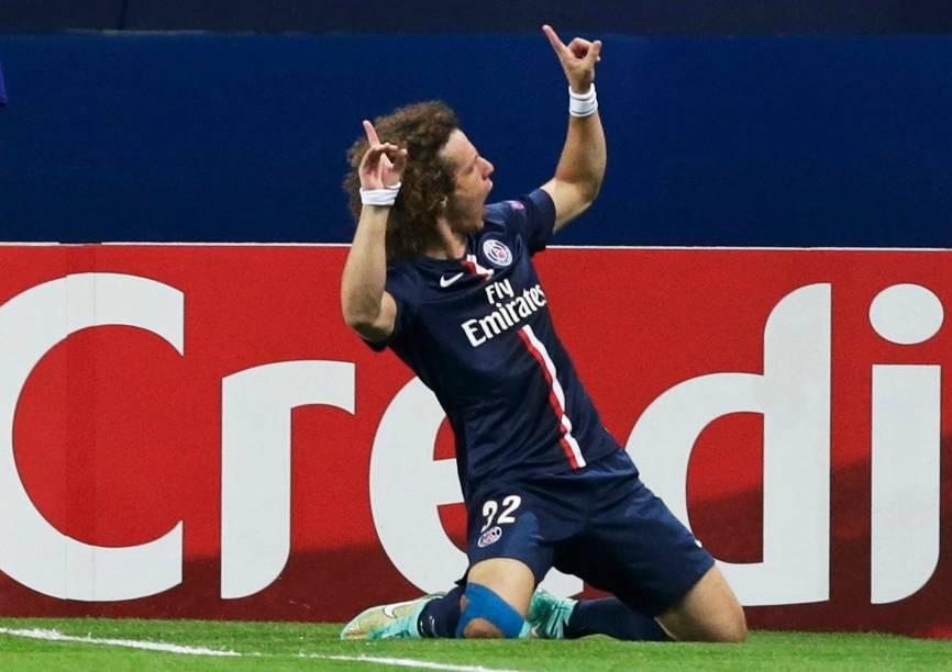 David Luiz comemora primeiro gol do jogo pelo seu time, Paris Saint-Germain