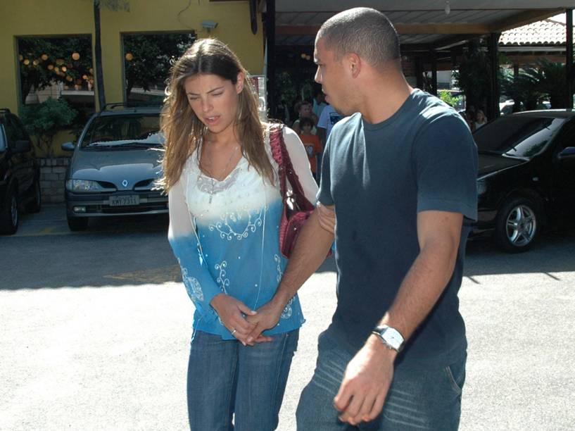 Com Daniella Cicarelli, no Rio de Janeiro, em 2005