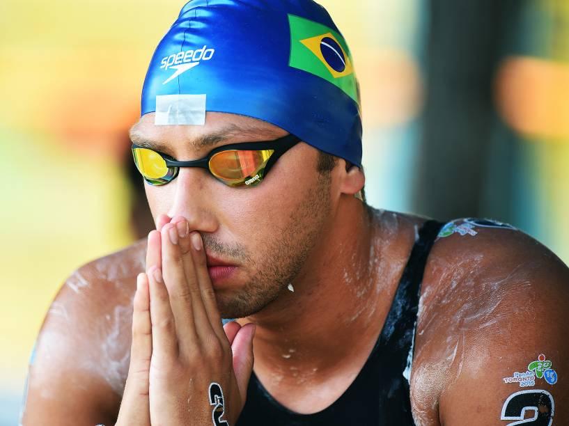 O brasileiro Samuel Menegon de Bona durante disputa na maratona aquática nos Jogos Pan-Americanos de Toronto, no Canadá