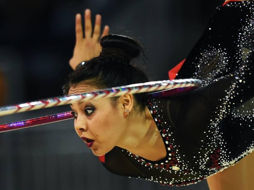 A mexicana Rut Castillo durante apresentação da ginástica rítmica nos Jogos Pan-Americanos de Toronto, no Canadá