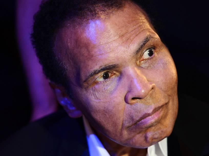 Muhammad Ali passou as últimas décadas de sua vida debilitado pelo Mal de Parkinson