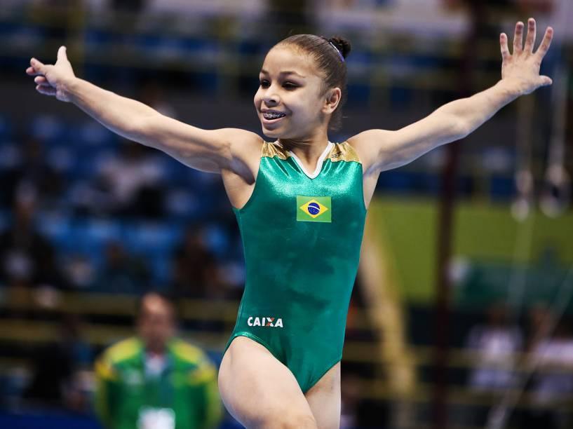 A ginasta brasileira Flavia Saraiva durante eliminatória da etapa de São Paulo da Copa do Mundo de Ginástica Artística, no Ibirapuera