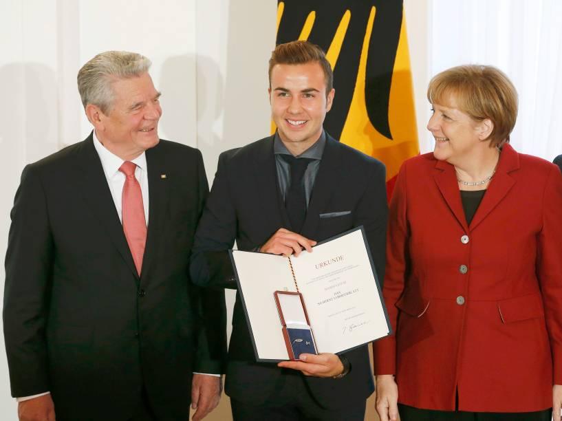 Autor do gol do título, meia Mario Götze também foi homenageado