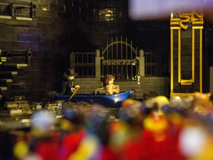 Reprodução de O fantasma da ópera no Lego Her Majesties, reprodução em lego do teatro londrino Her Majesties, na Brick 2015