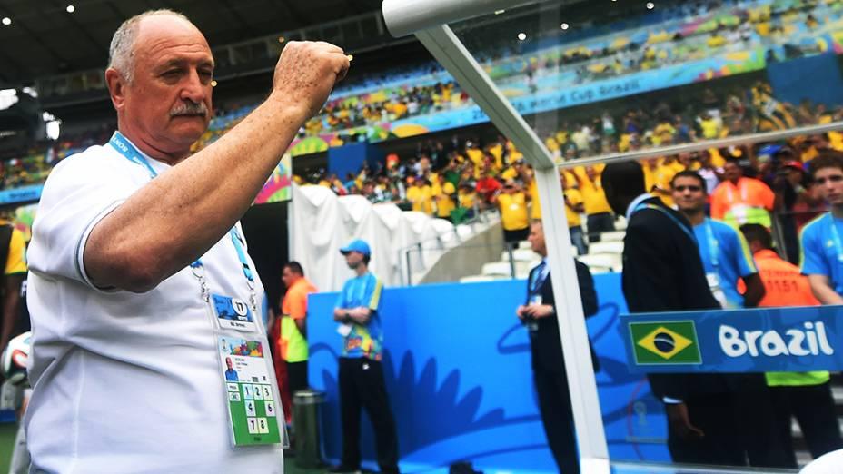 O técnico Luiz Felipe Scolari antes do jogo entre Brasil e México, no Castelão, em Fortaleza