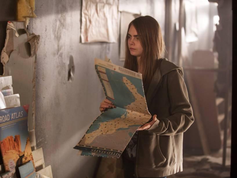 Cara Delevingne em cena do filme Cidades de Papel