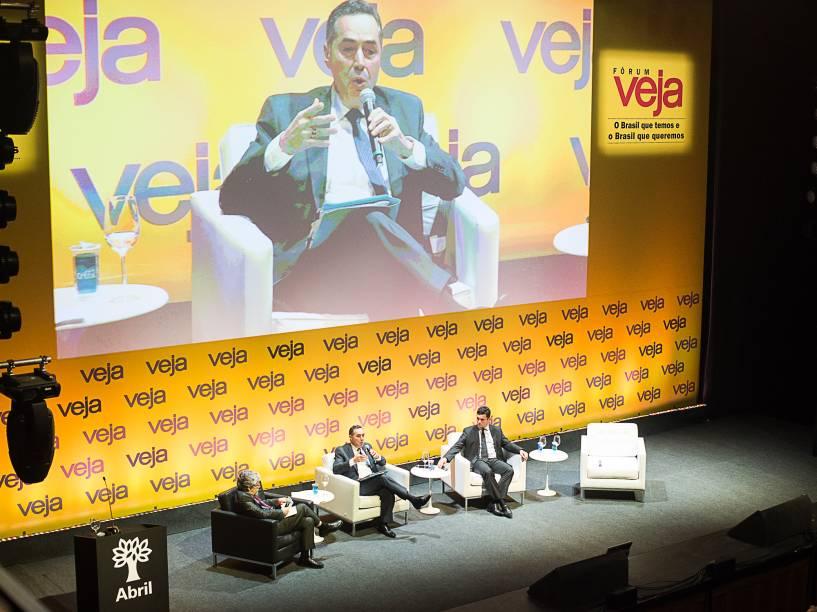 """Ministro do STF Luís Roberto Barroso discursa no Fórum Veja - """"O Brasil que temos e o Brasil que queremos"""" - 23/05/2016"""