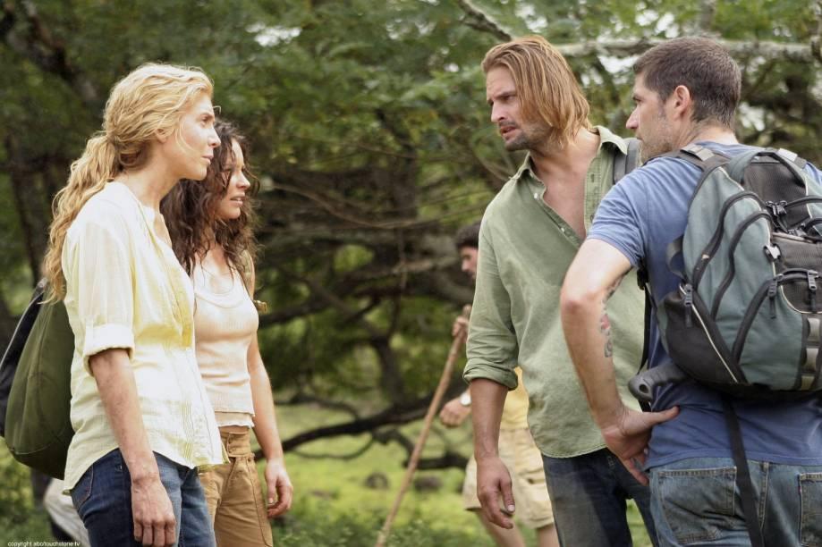 Juliet (Elizabeth Mitchell), Kate (Evangeline Lilly), Jakck (Matthew Fox) e Sawyer (Josh Holloway), na série Lost