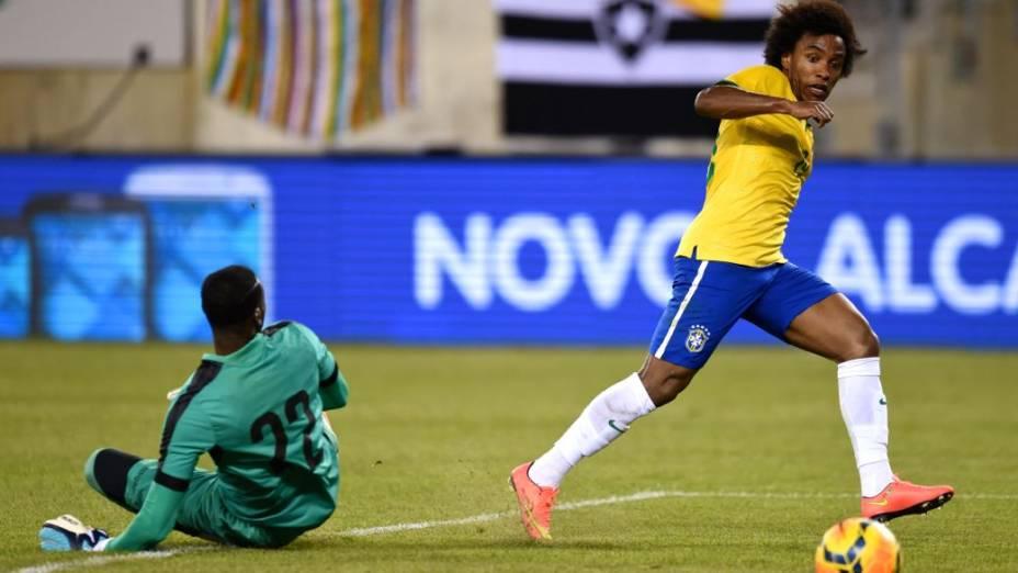 Willian marca para o Brasil no amistoso contra o Equador, em Nova Jersey
