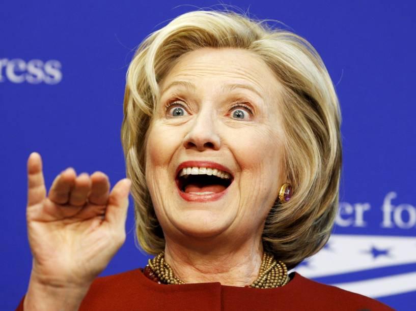 A ex-primeira-dama Hillary Clinton anunciou no domingo (12) sua candidatura à presidência americana - 12/04/2015