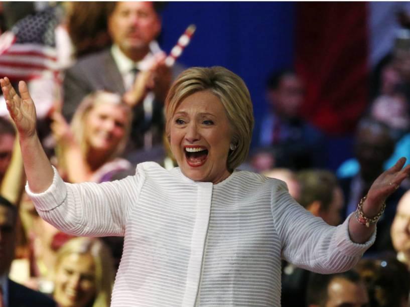"""Hillary Clinton comemora o """"momento histórico"""""""