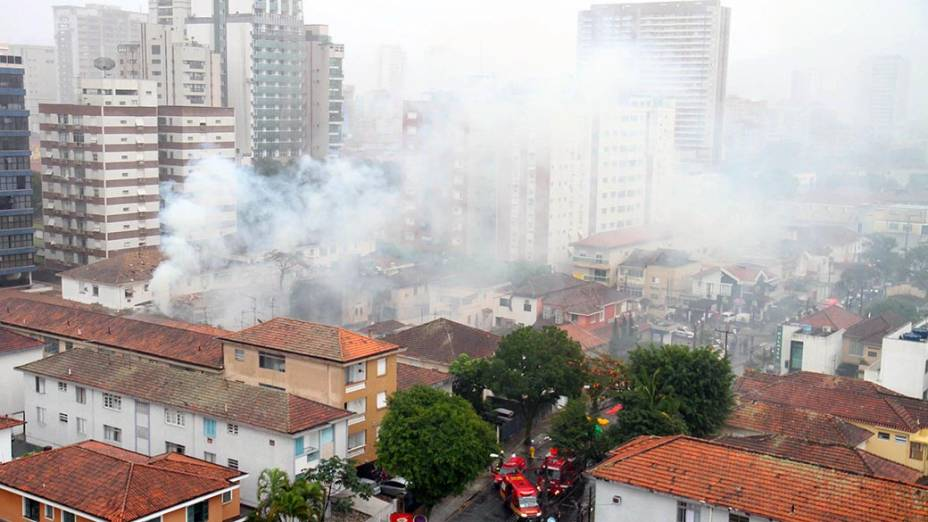 Local da queda de aeronave em Santos, no litoral paulista