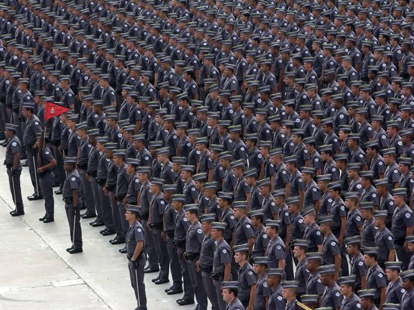 Formatura de 1.598 soldados de 2ª classe da Polícia Militar de São Paulo na manhã desta sexta-feira (21), no Sambódromo do Anhembi, na zona norte de São Paulo