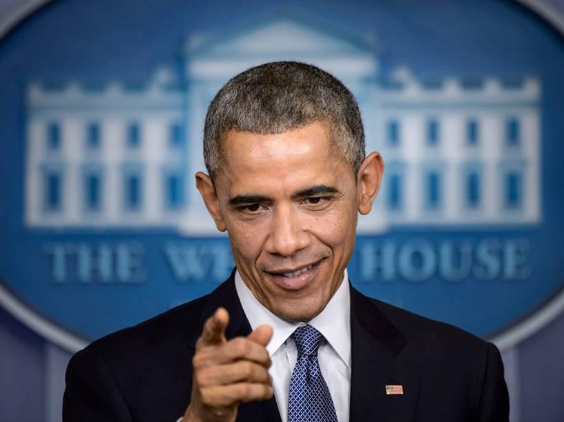 O presidente dos Estados Unidos, Barack Obama, durante coletiva de imprensa na sala de reuniões da Casa Branca, em Washington. Obama deu um comunicado antes de viajar com a família de férias para o Hawaii