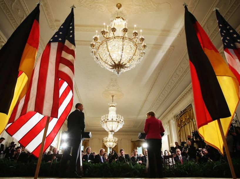 Barack Obama e Angela Merkel durante conferência de imprensa na Casa Branca, em Washington, para discutir possíveis resoluções para a crise na Ucrânia