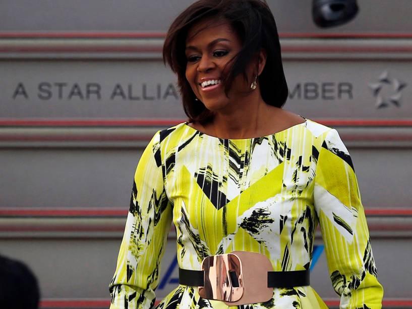 Michelle Obama ao desembarcar no Japão
