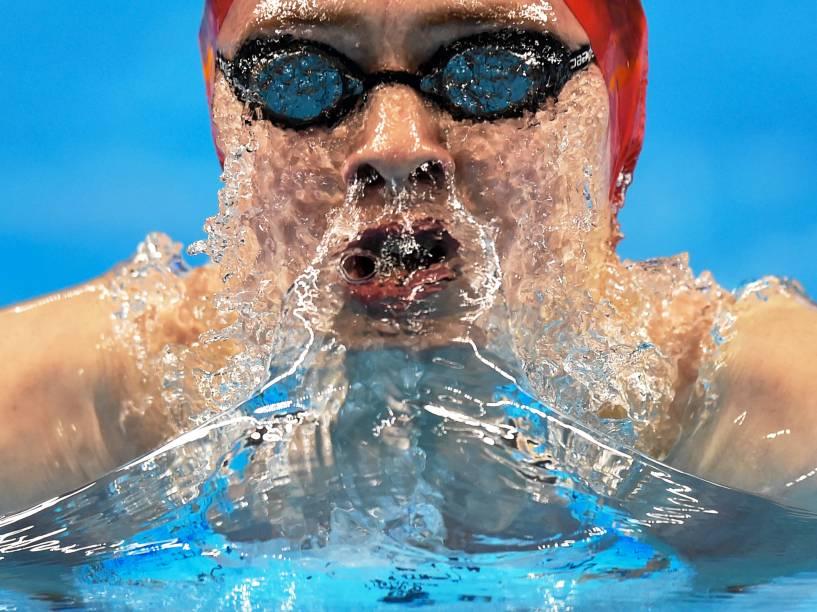 Charlie Attwood, da Grã-Bretanha, compete durante os 200m peito de natação nos Jogos Europeus em Baku, no Azerbaijão - 23/06/2015