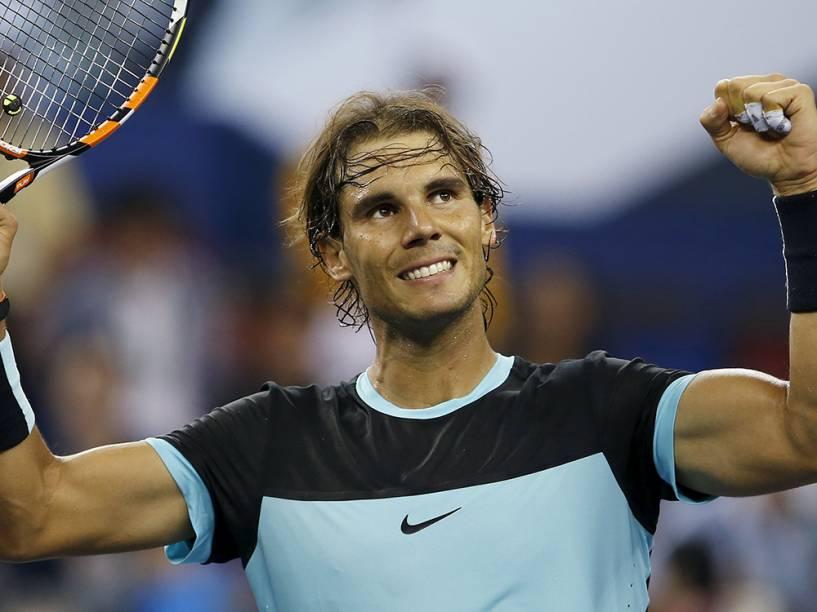 O espanhol Rafael Nadal comemora sua vitória contra o suíço Stan Wawrinka no Masters 1.000 de Xangai, na China, nesta sexta-feira