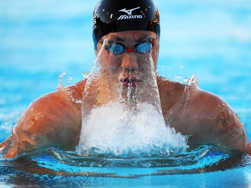Japonês Yasuhiro Koseki compete nos 200m nado peito, na Super Série Aquática, em Perth, no oeste da Austrália