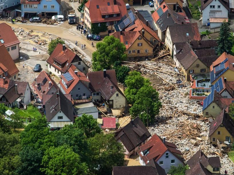 Pelo menos quatro pessoas morrem após tempestade no sul da Alemanha - 31/05/2016