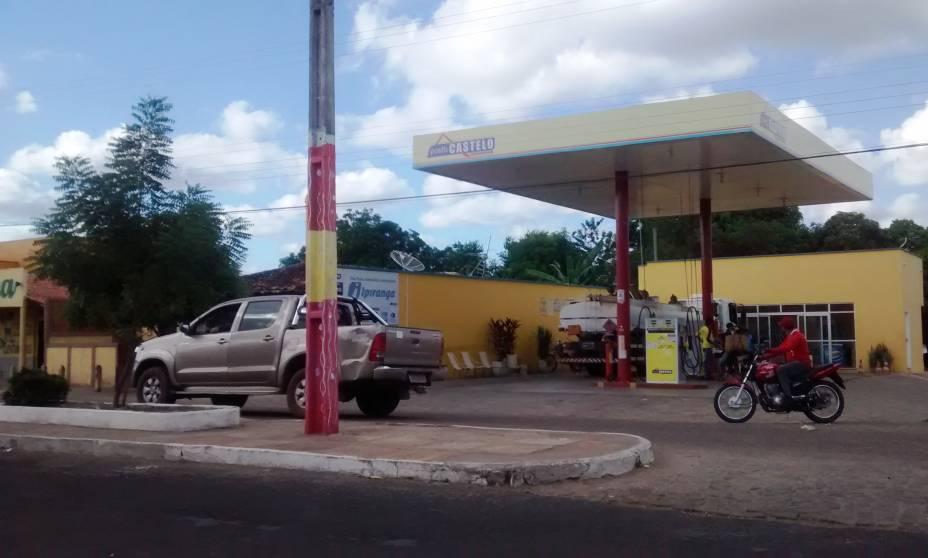 Posto de gasolina cuja gerente foi baleada pelo traficante Adão José Silva Souza em Castelo do Piauí