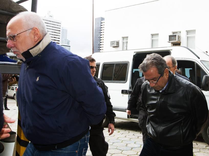 Executivos da construtora Odebrecht são encaminhados para o IML de Curitiba (PR), na manhã deste sábado (20)